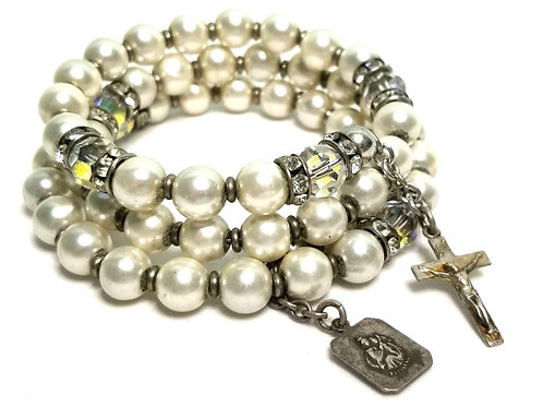 Designer by provenance, bracelet, memory wire, white faux pearls, clear rhinesto