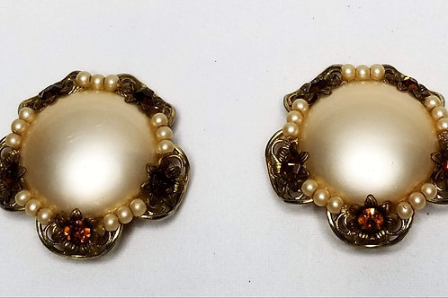 Designer by Judy Lee, earrings, clip on champagne faux pearls, brown rhinestones