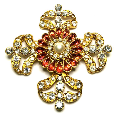 Designer by provenance, brooch, flower motif, faux pearl, pink stones, rhineston