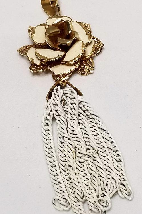 Designer by Giovanni, pendant, white enamel and gold tone flower motif.
