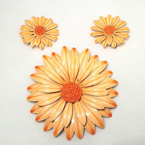 Designer by provenance, brooch and earrings set, orange flowers