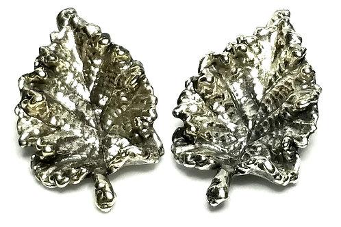 Designer by Napier, earrings, clip on, leaf motif, silver tone, 1 1/2 x 7/8 inch