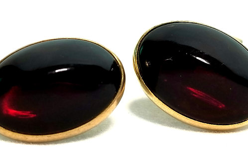 Designer by Swank, cuff links, red oval cabochons, gold tone, 3/4 x 1/2 inch.