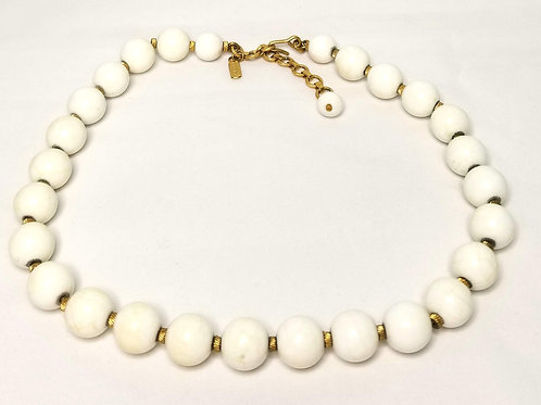 Designer by Monet, necklace, white and gold tone beads, 15-17 inches.
