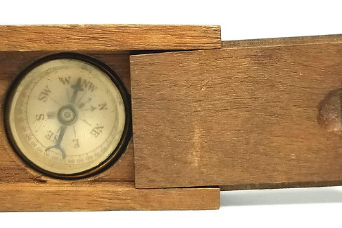 Designer by provenance, compass, in wood box, 1 inch.