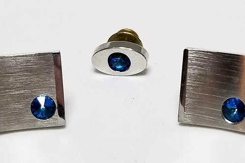 Designer by Sarah Coventry, set, tie tack and cuff links blue rhinestones.
