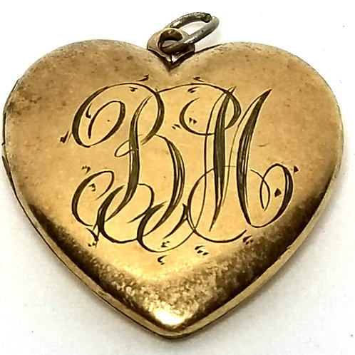 Designer by WSB, pendant/locket, heart motif, gold tone with initials BM/1902