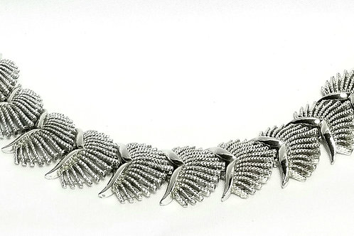 Designer by Coro, bracelet, silver tone links, 7 1/4 inches.