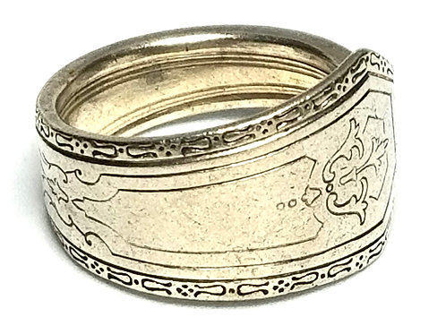 Designer by provenance, ring, spoon motif, Sterling silver, size 9 1/2.