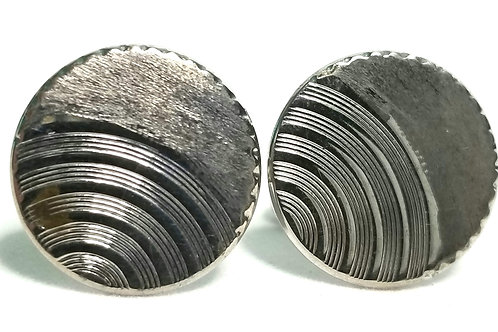 Designer by Hickok USA, cuff links, round, silver tone, 13/16 inch.