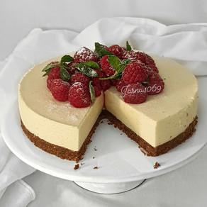 Vanilla cheese torte