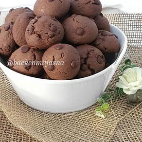 Cokoladni keksi sa kapljicama cokolade