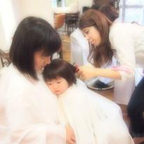 HairroomDOOR_kidscut4.jpg