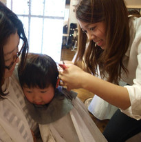 HairroomDOOR_kidscut13.jpg