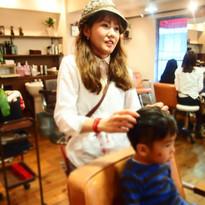 HairroomDOOR_kidscut20.jpg