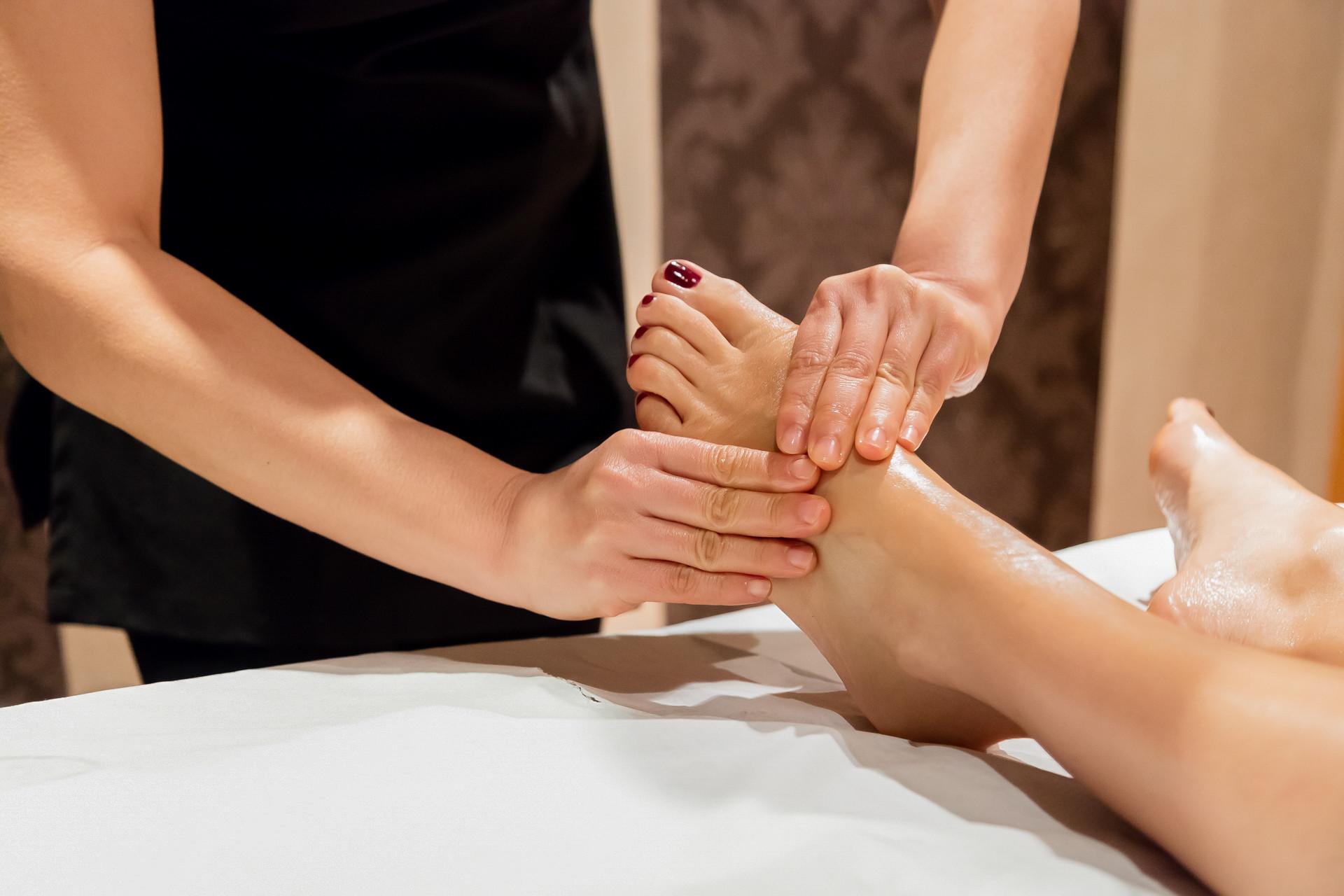 Thai Foot & Reflexology Massag