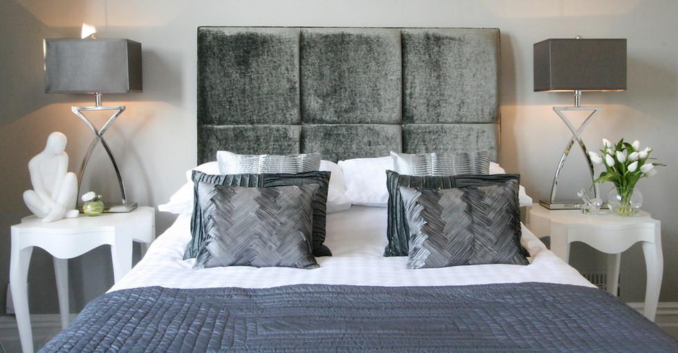 French Glamour Bedroom Design.jpg