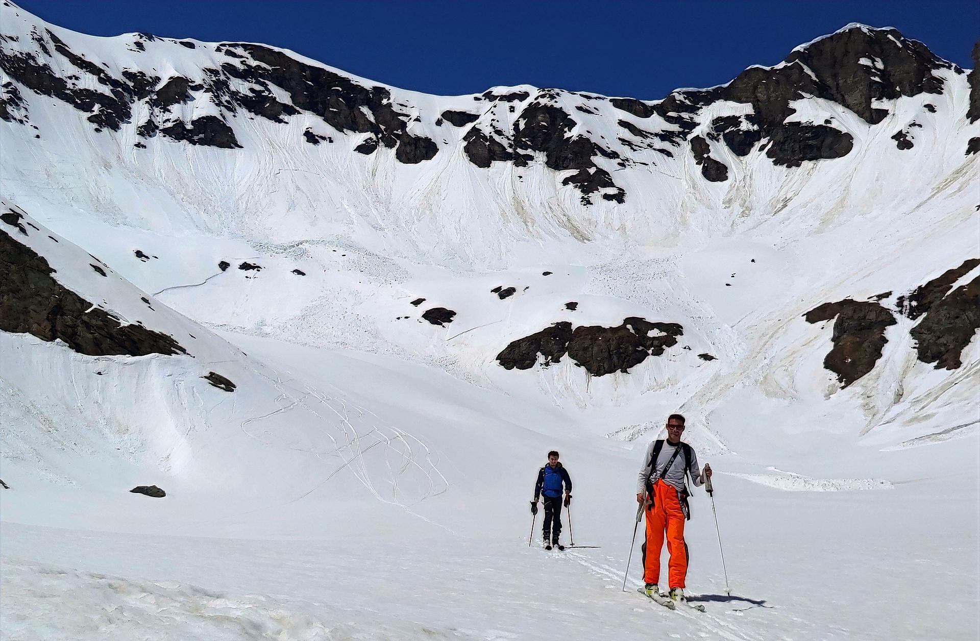 sfondo sky alp pag activity