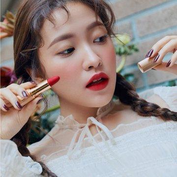 COLETTE's YERI Lipsticks