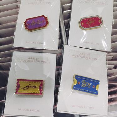 SNSD's Signature Pin