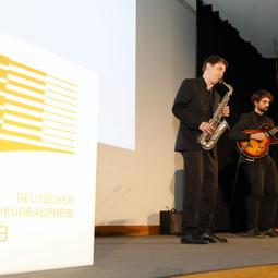 Preisverleihung / Janis-Ian-Duo Neues Schloss Stuttgart / Janis-Ian-Duo   Saxophon-Gitarren-Duo