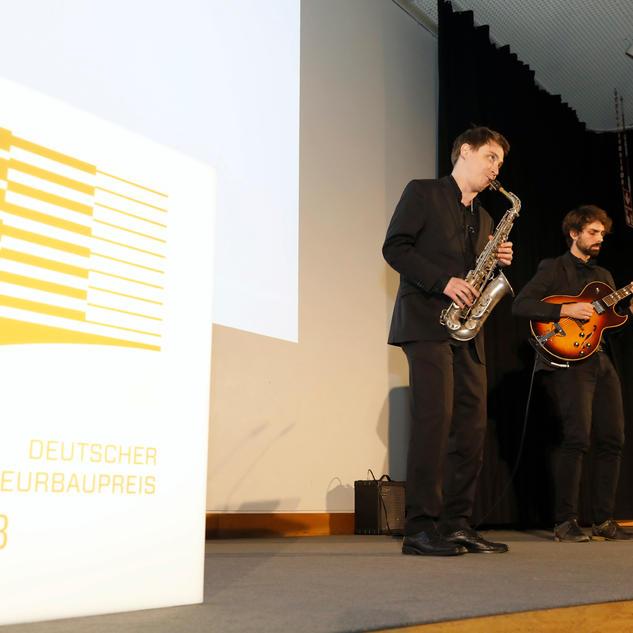Preisverleihung / Janis-Ian-Duo Neues Schloss Stuttgart / Janis-Ian-Duo | Saxophon-Gitarren-Duo