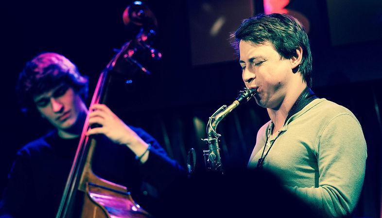 Janis Lugerth | Saxophonist buchen.jpg