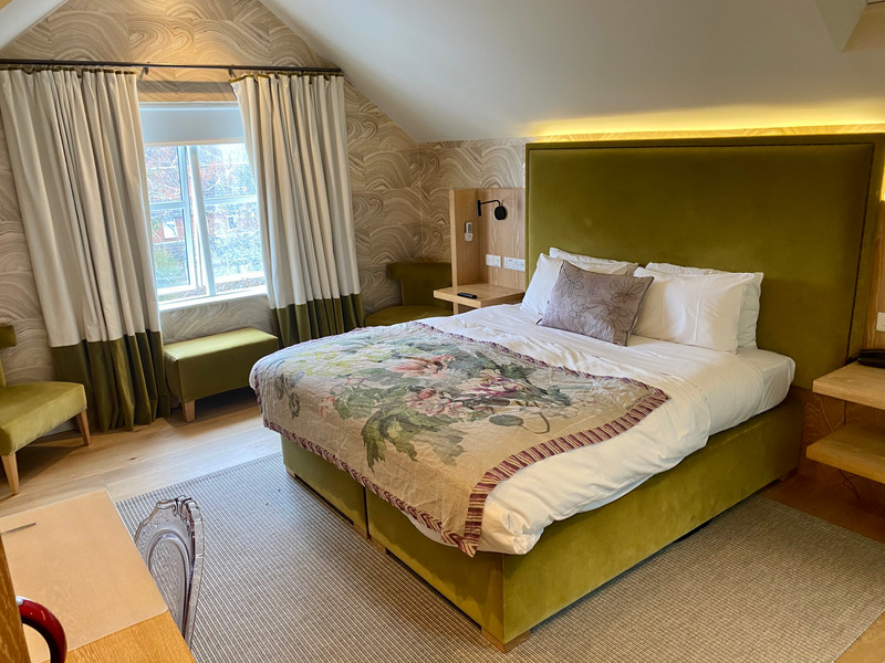 315 room.jpg