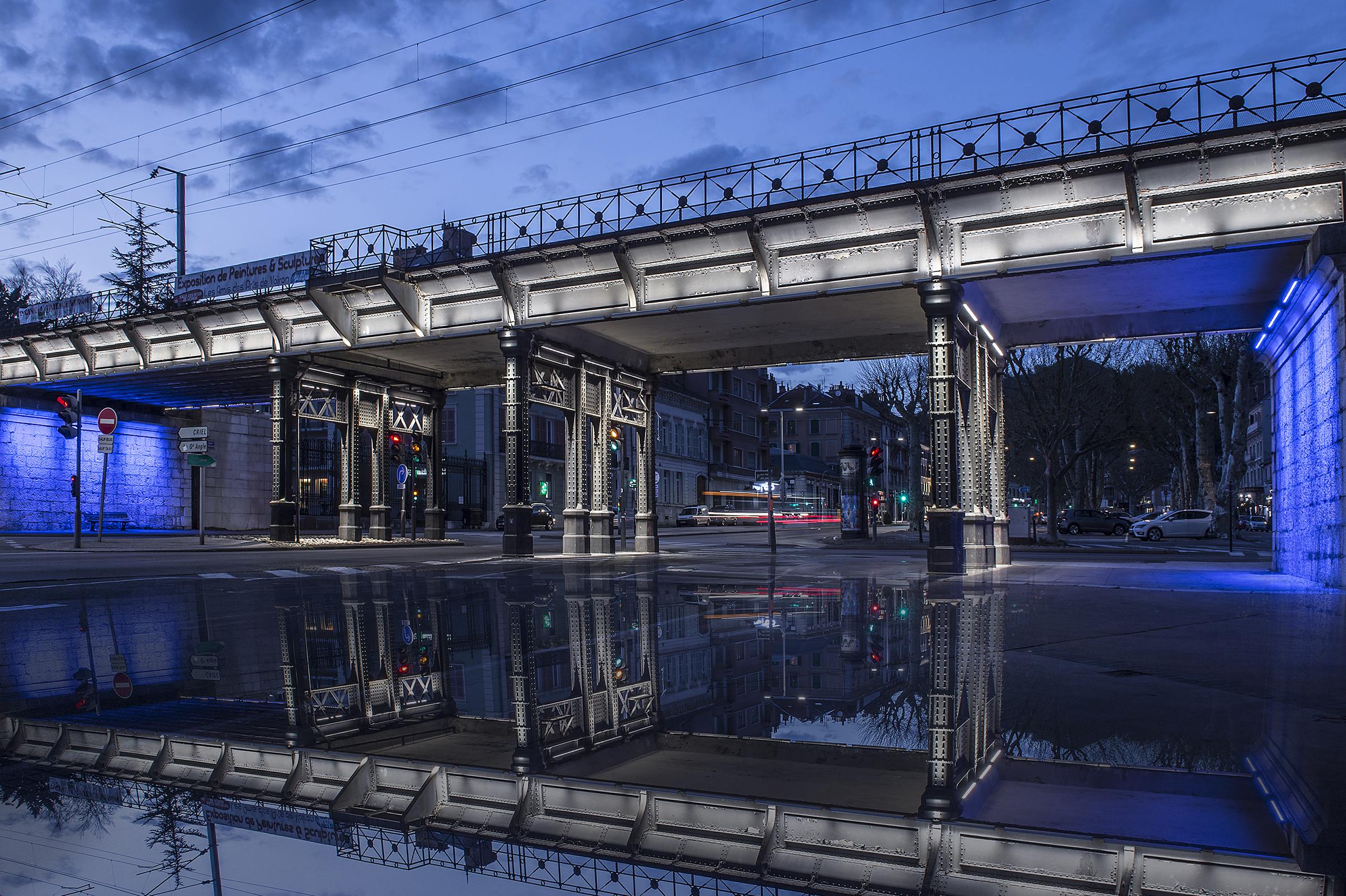 Reflet pont voiron