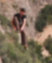 Mobile Seilarbeit mitten in den Bäumen. Trainer, Seil, Statikseil, Erlebnispädagogik, Outdoorpädagogik, Therapie, Klettern, Bewegung, Gesundheit