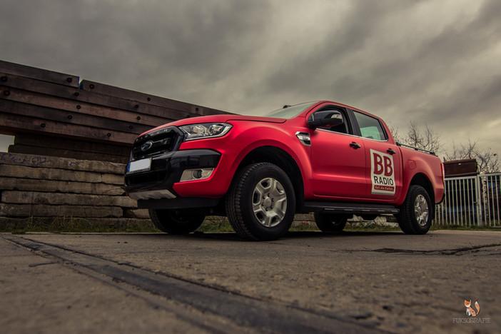 Ford Ranger Vollfolierung in Chrom Rot Matt