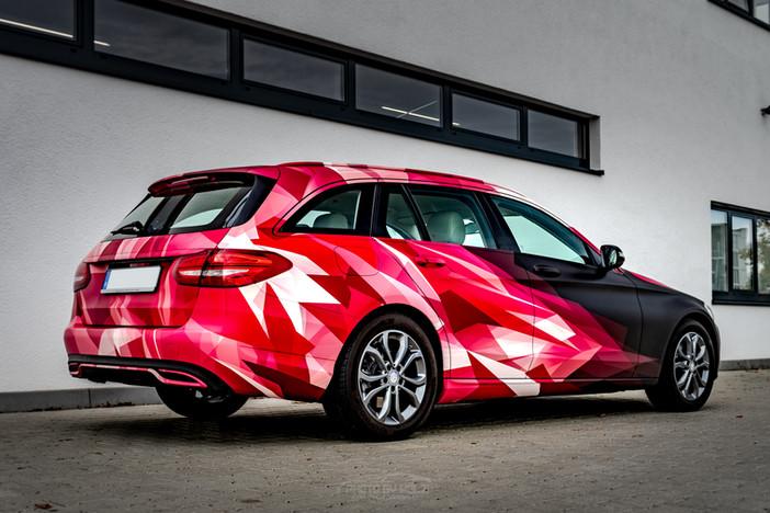 Mercedes Benz Pink Style