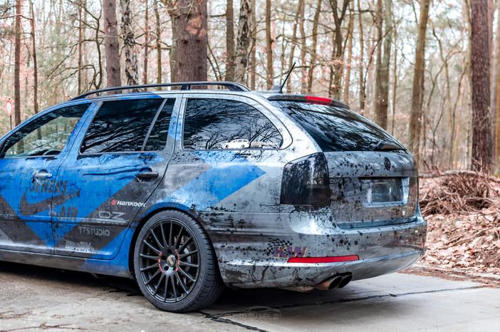 Skoda Octavia VRS - Dirty Racing Look