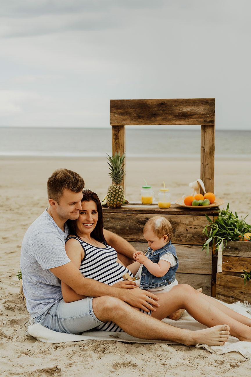 Ģimenes fotosesija pie jūras