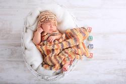 jaundzimušā fotosesija