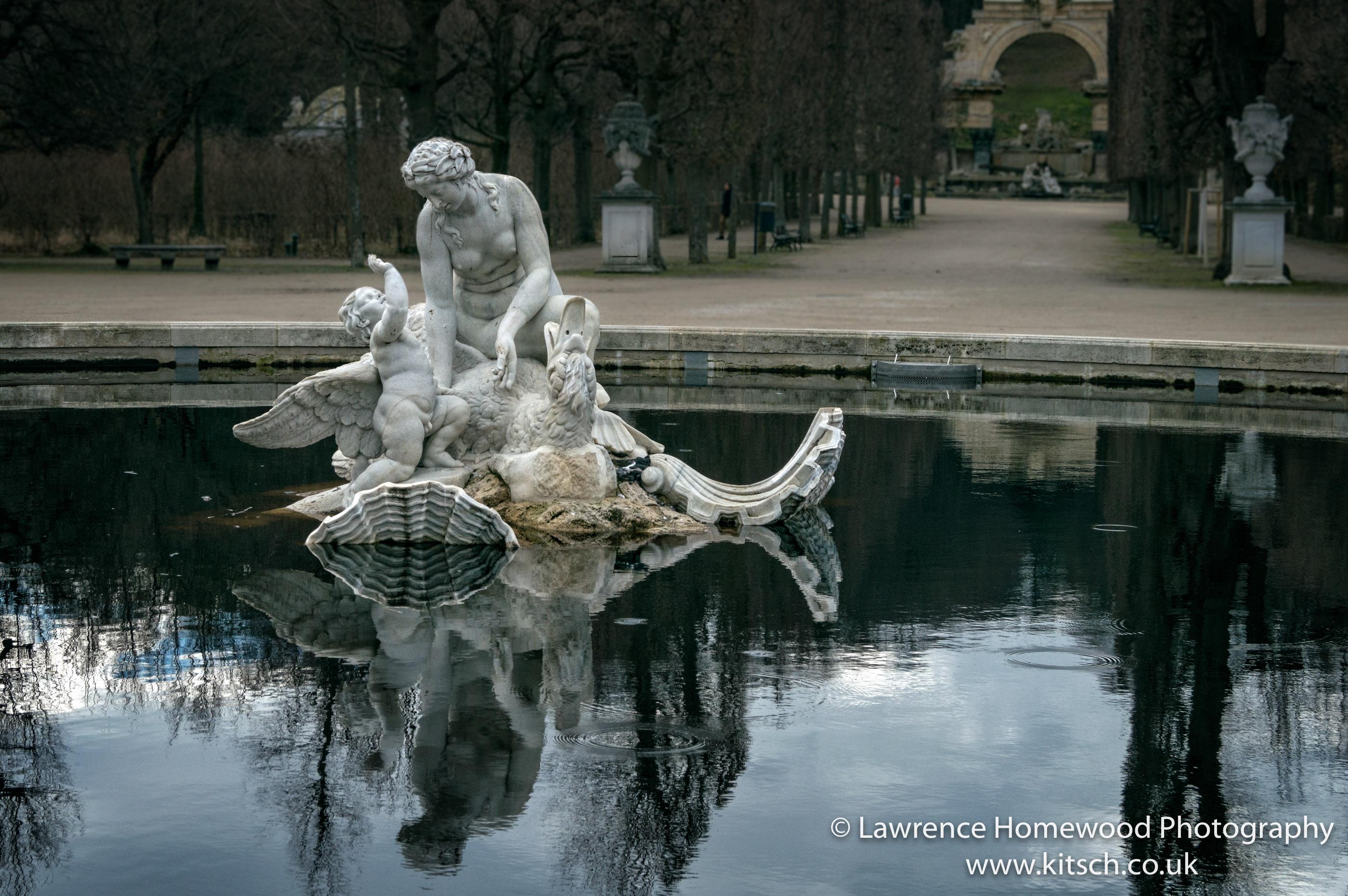 Schonbrunn Garden - Fountain
