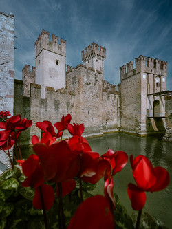 Castle-Sirmione-Colour-Perspective