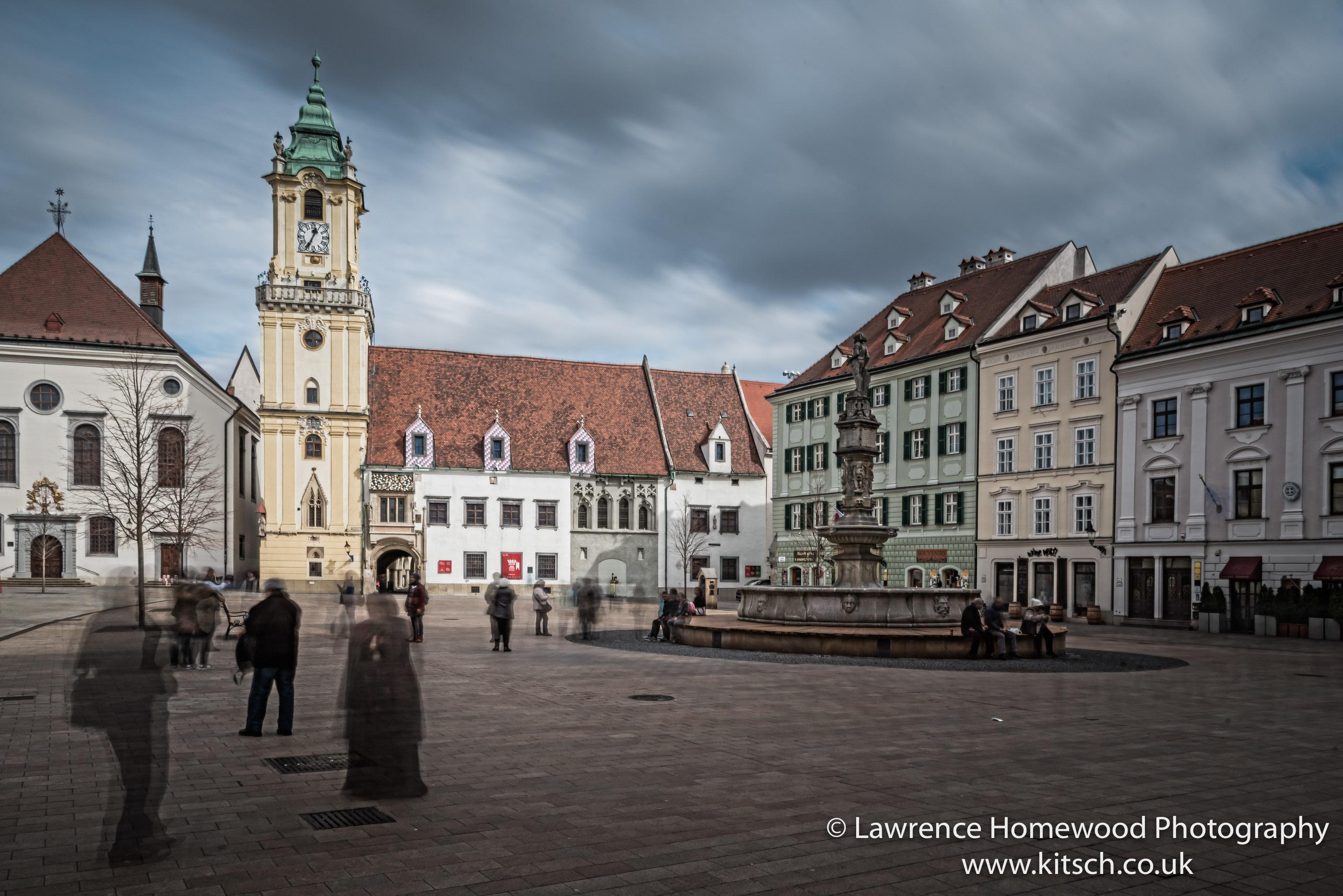 Bratislava Square on the Move