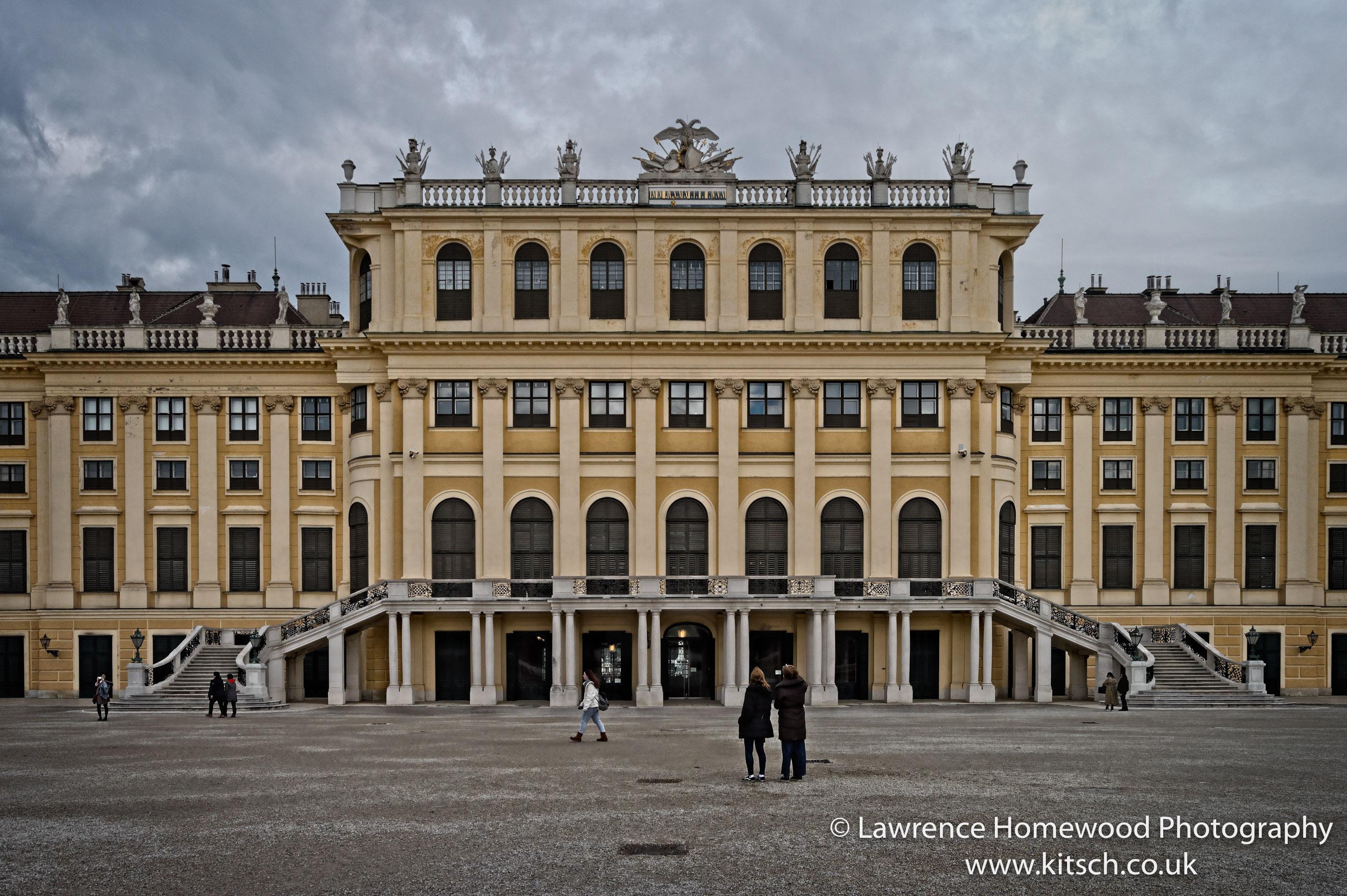 Schonbrunn Palace (garden View)