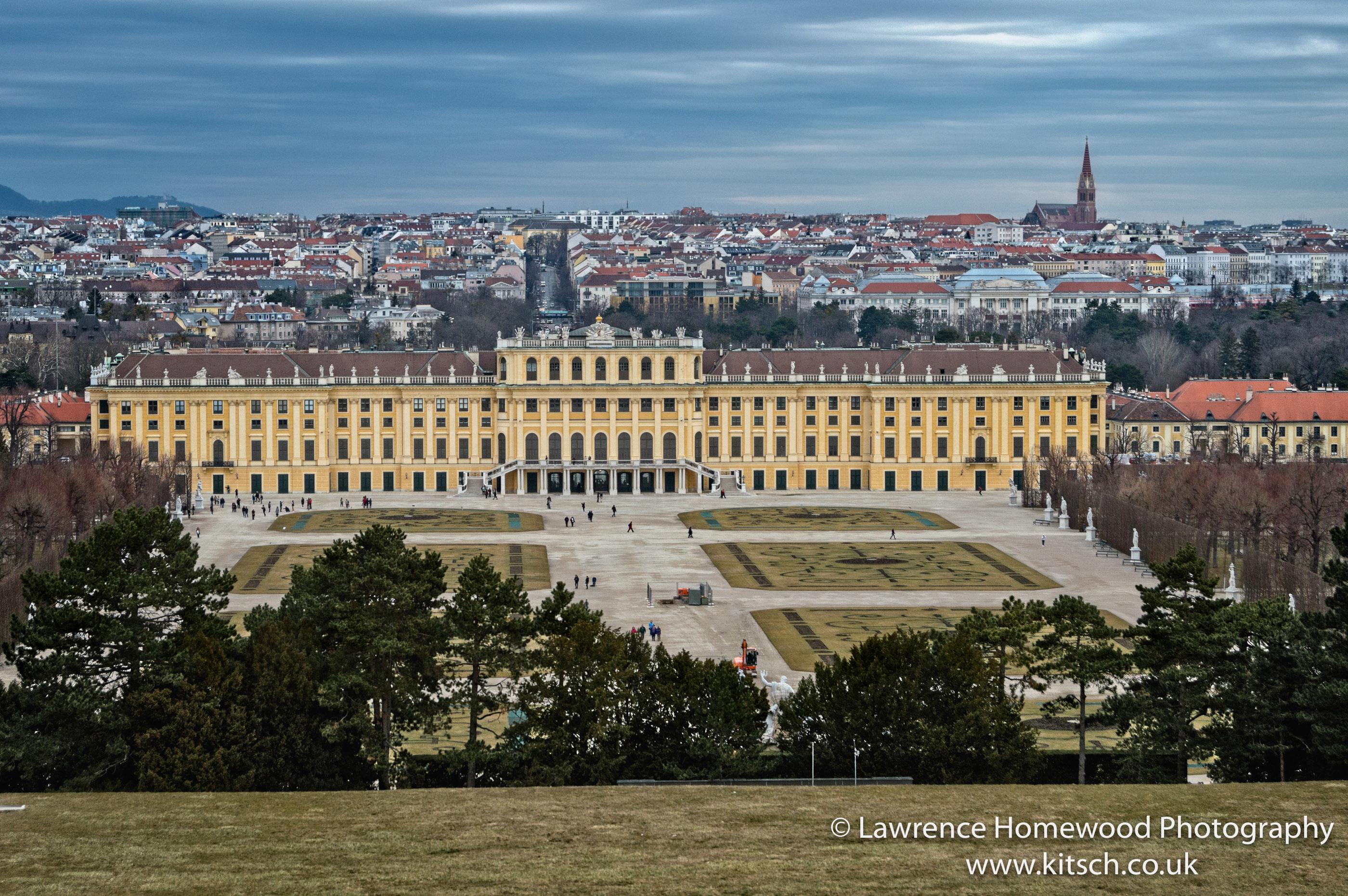 Schonbrunn Palace (garden View) 2