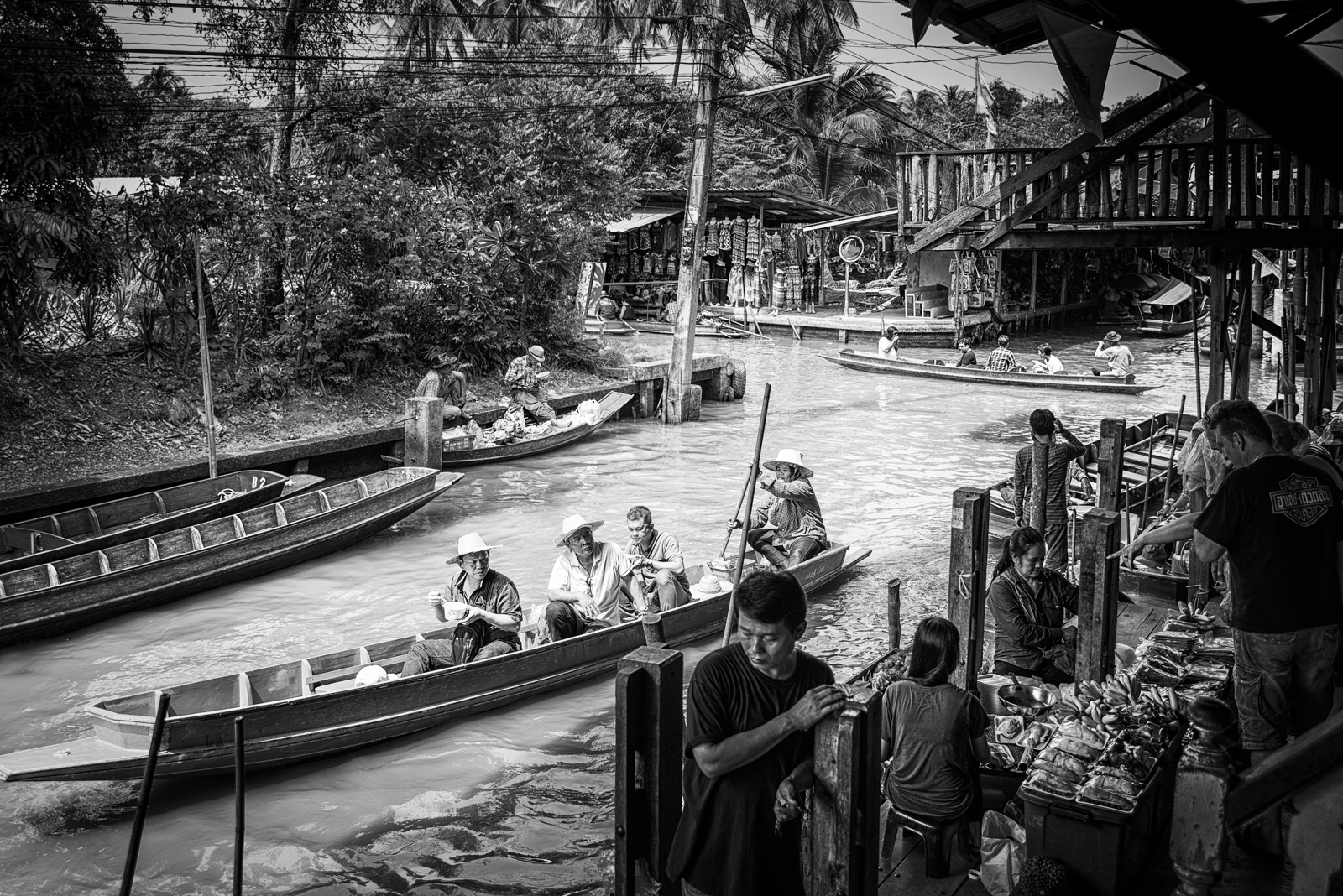 Life on the Bangkok Floating Market
