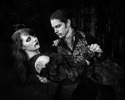 Vampire Dance Kiki and Zack
