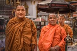Respecting Buddha