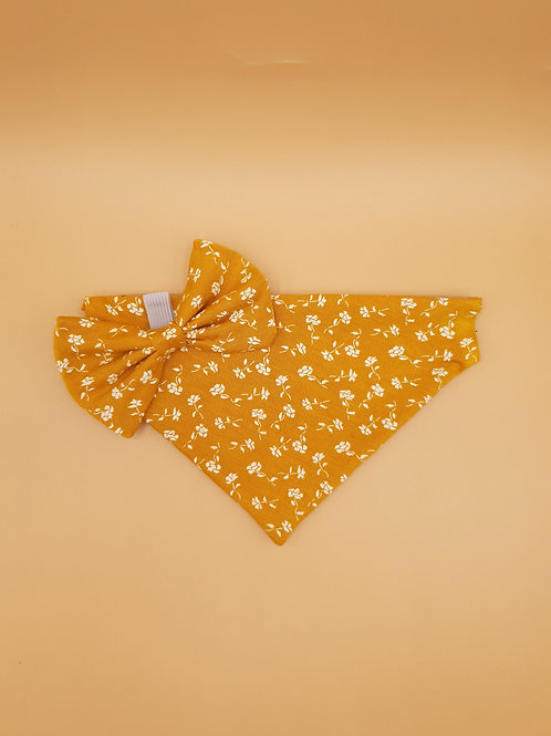 Crisp Yellow Flowers Bow & Bandana Set
