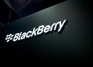 BlackBerry responds to Facebook and WhatsApp's decision to drop 'Berry support for their app