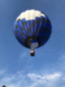 Tethered hot air balloon