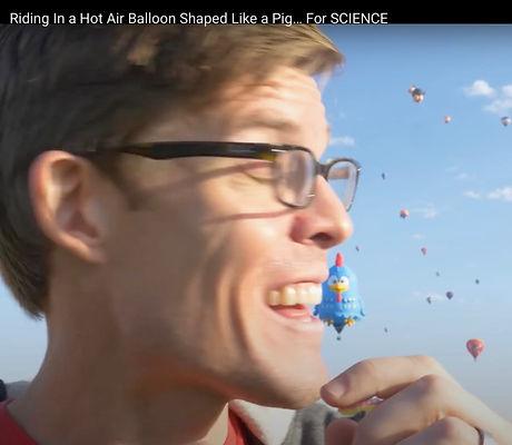 flight in pig balloon
