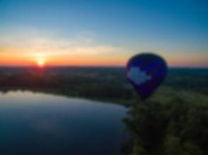 hot air balloon sun rise