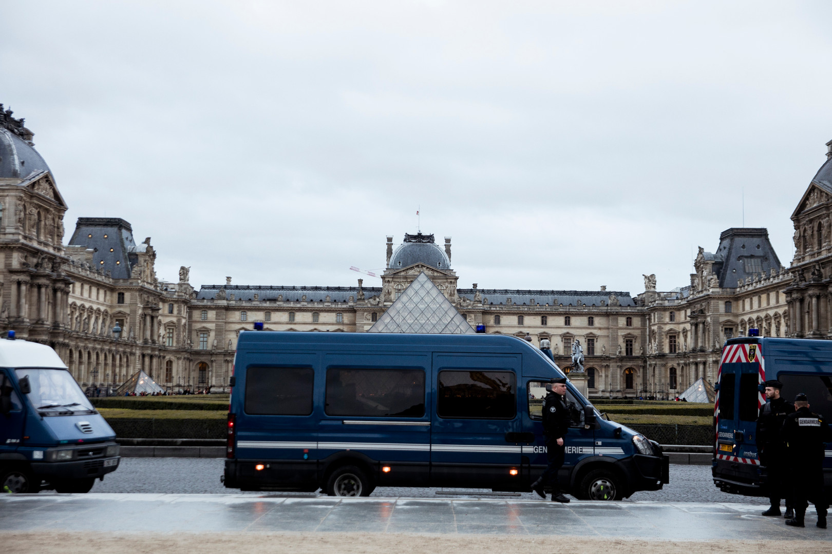 Police surrounding the Louvre square right after avoiding a terrorist attack in the Louvre Gallery, Paris. February 3rd, 2017