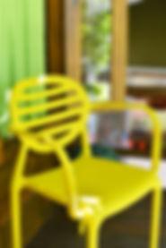 cadeiras banquetas imin im in i´m in estantes chapanheira designe comprar mesas